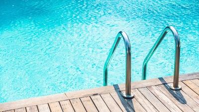 ¿Necesitas analizar el agua de tu piscina?